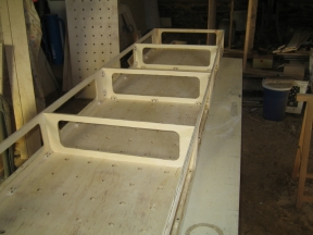 Sides and spreaders fitted