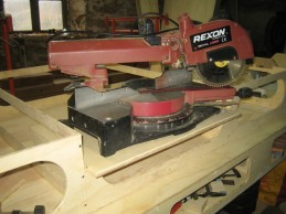 Making the mount for the saw.