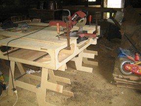 Front of the bench top being glued.