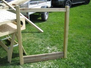 Single gate frame assembled
